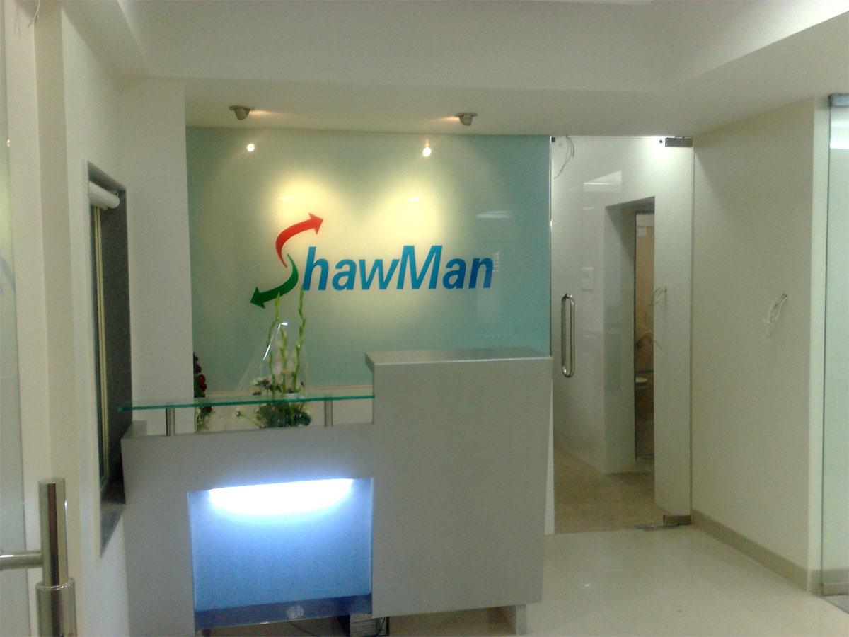 Shawman P L